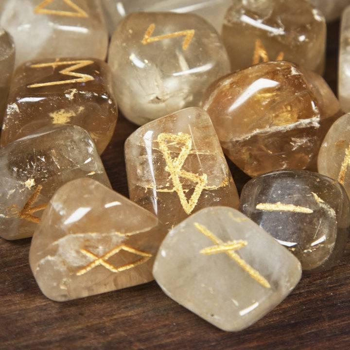 Citrine Rune Set