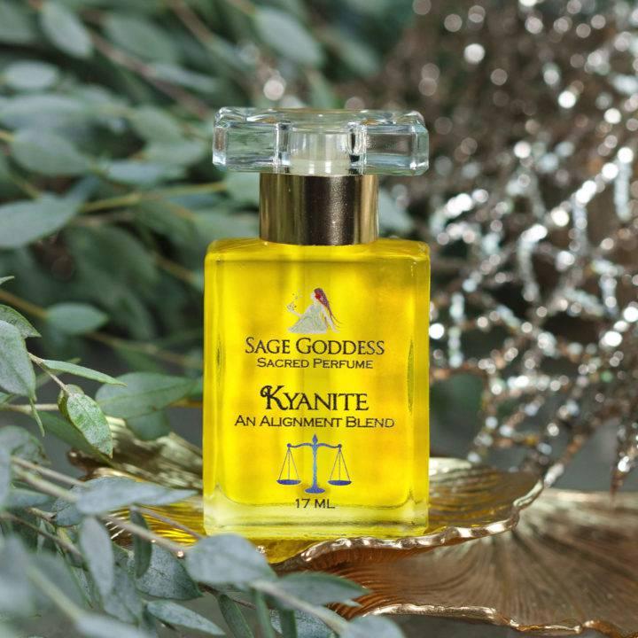 Kyanite Perfume