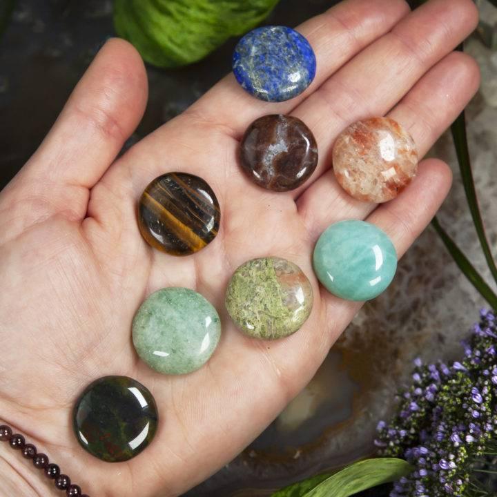 Crystal Masters Palm Stone Palmistry Grid Set