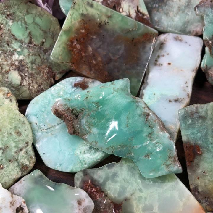Chrysoprase Bra Stone