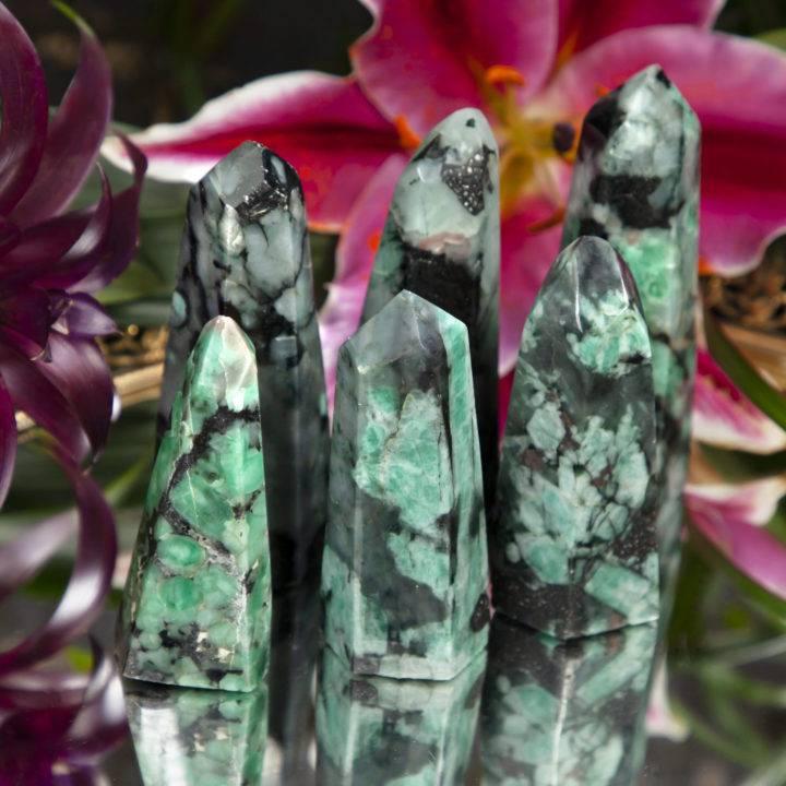 Empowered Goddess Emerald Generator