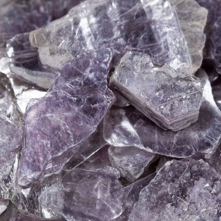 Natural Lepidolite Flakes