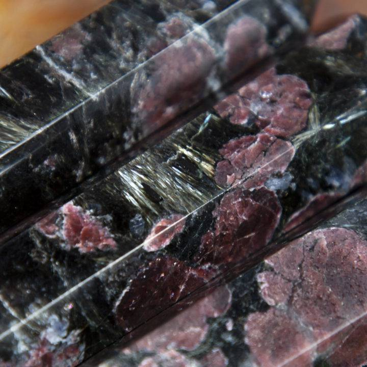 Arfvedsonite with Garnet Grounded Manifestation Generator