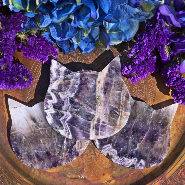 Amethyst Cat Head Charging Plate