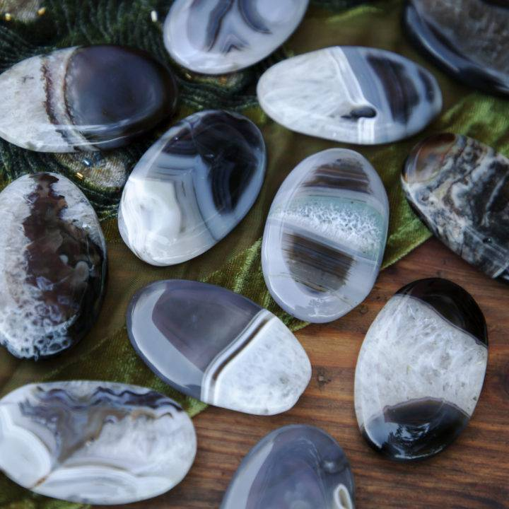 Black and White Agate Palm Stone