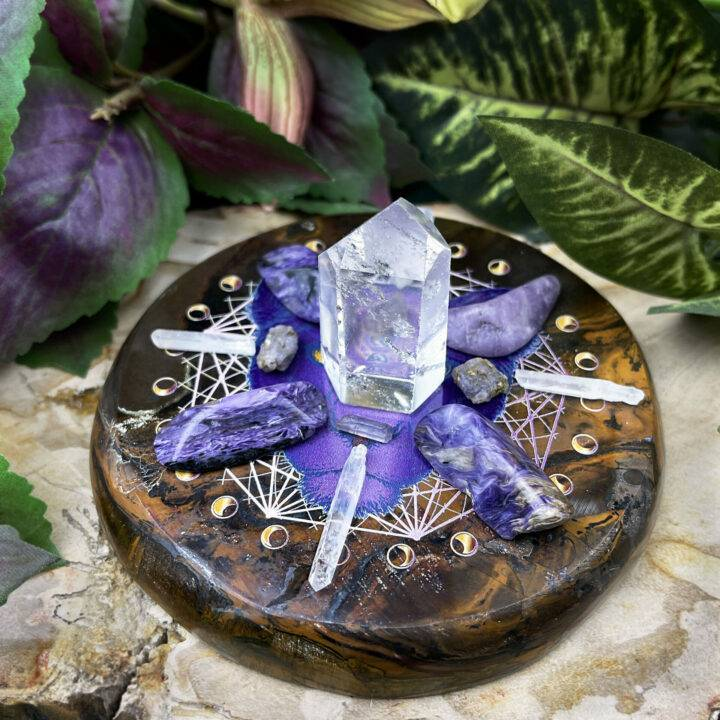 Brave Lioness Empowerment Crystal Grid Set