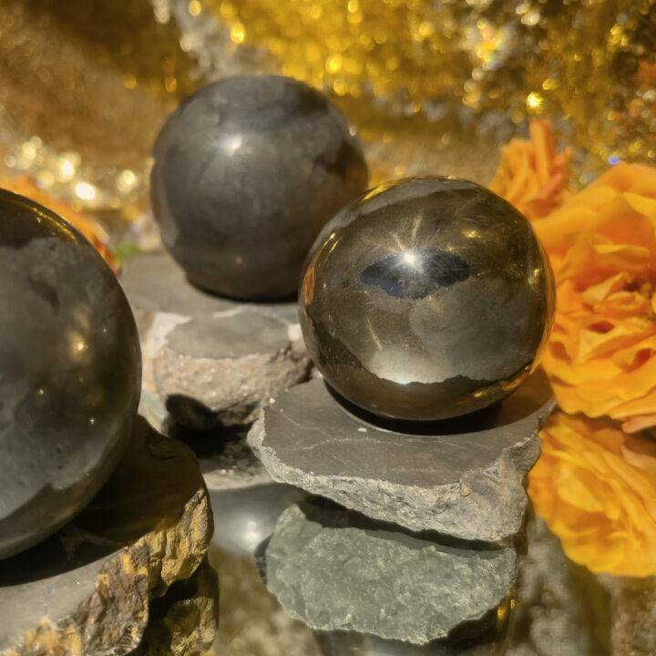 Healers Gold Sphere and Sphere Stand