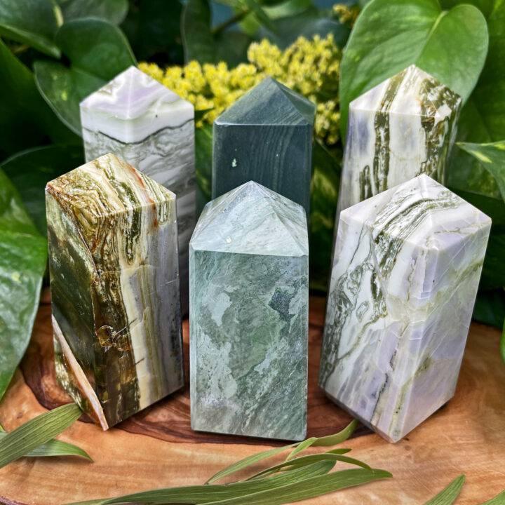 Infinite Stone Obelisk