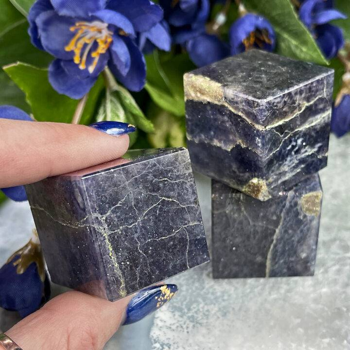 Grounded Guidance Iolite Cube