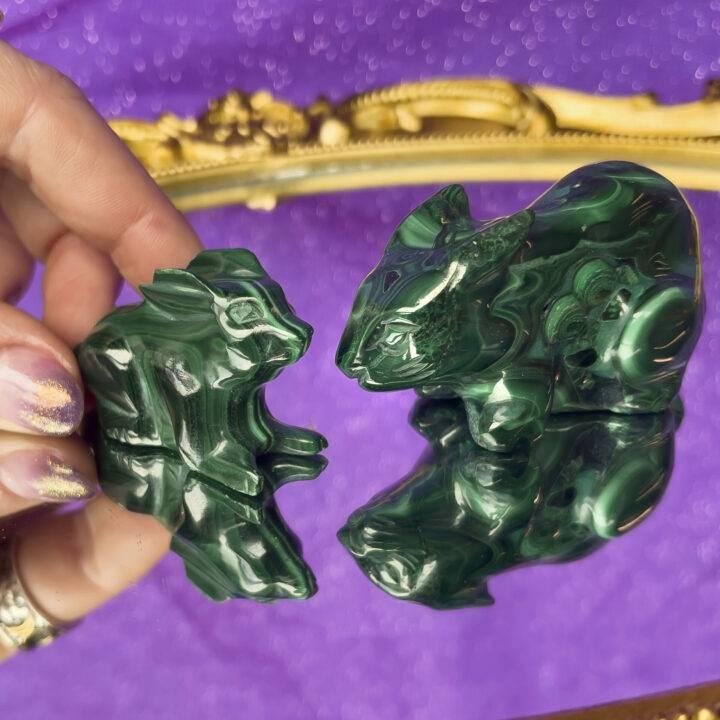 Malachite Bunny-roo Carving