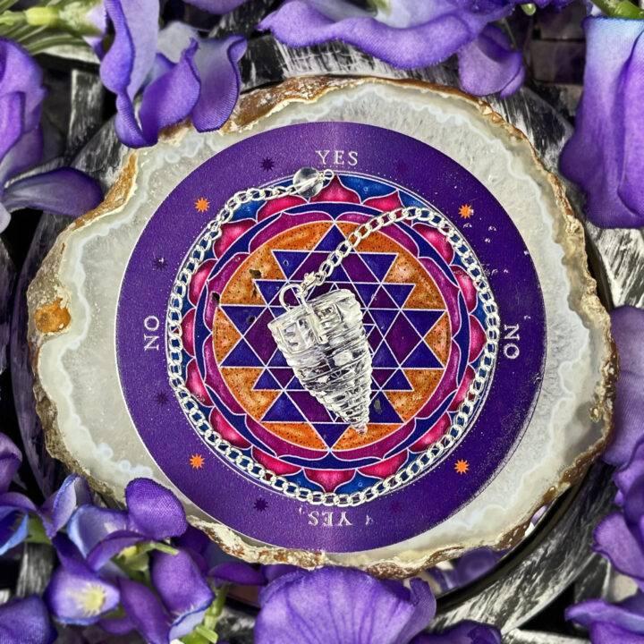 Sri Yantra Pendulum with Agate Pendulum Plate