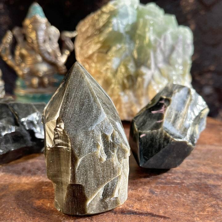 Golden Sheen Obsidian Natural-Sided Generator