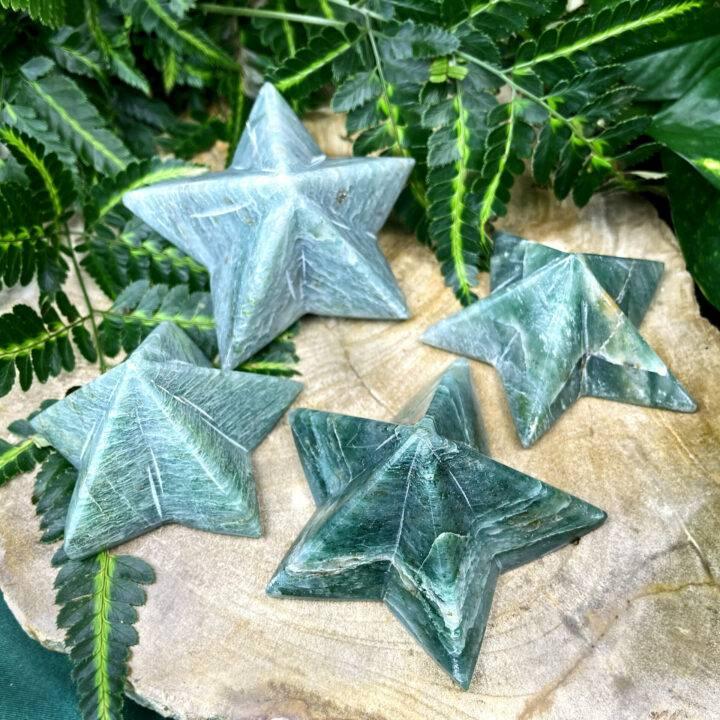Green Aventurine 5-Point Star Pyramid