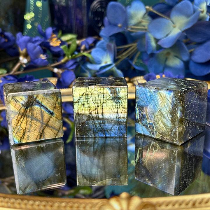 Ground Your Visions Labradorite Cube