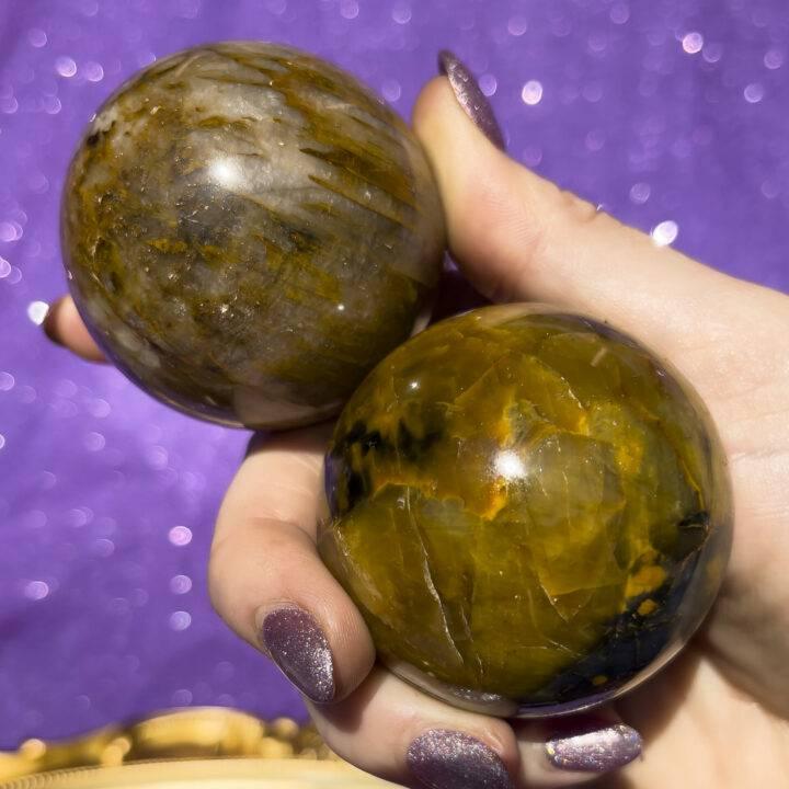 Nellite Sphere