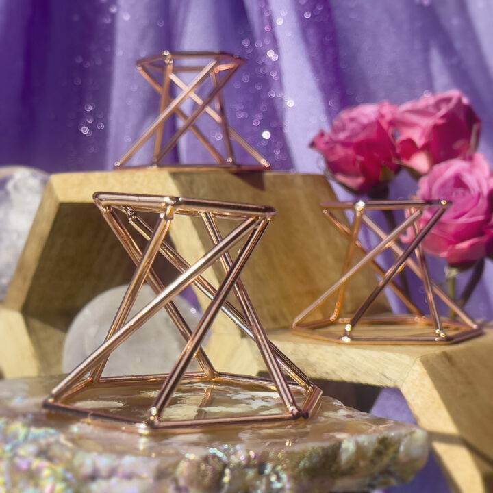 Rose Gold Metal Sphere Stand