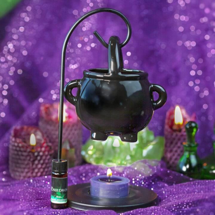 Hanging Cauldron Oil Burning Set